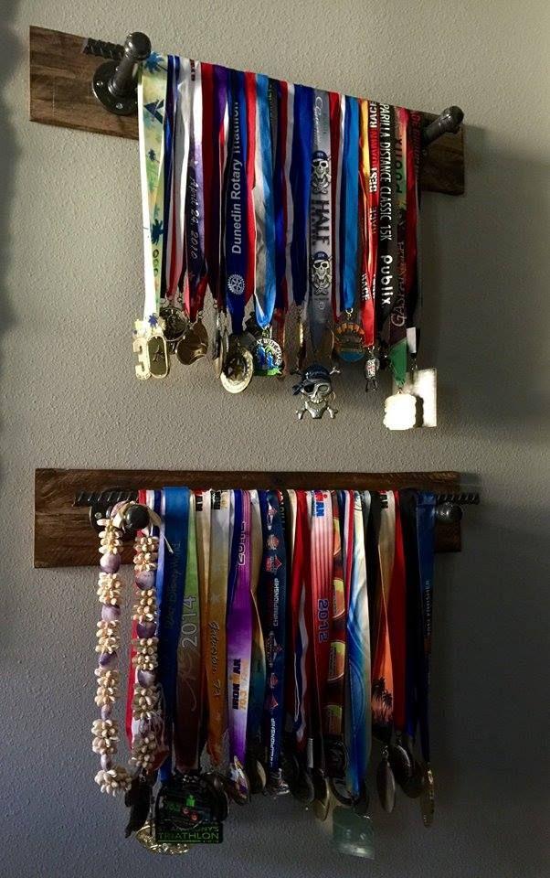 Burlap & Boards custom pallet race medal holders