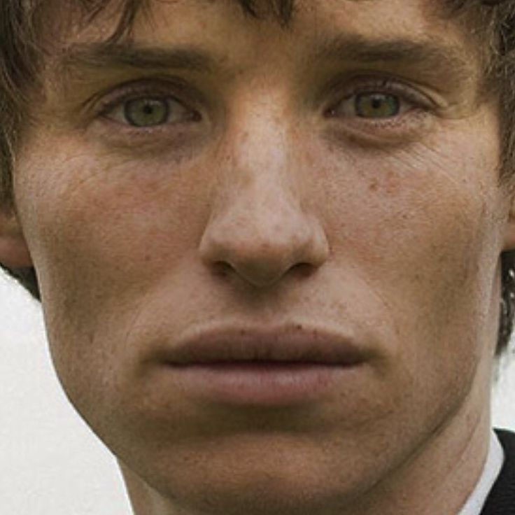 "bespokeredmayne: ""Farmboy freckles: Eddie Redmayne as Angel Clare in Tess of the D'Urbervilles for Freckle Friday. """