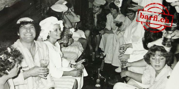 Mario Nanni, Pinguin-Wirt und Gastro-Historiker, weiss wie Basel schon vor gut vierzig Jahren feierte und plaudert bei einem Kaffee Crème über eine Party, die ihresgleichen sucht.
