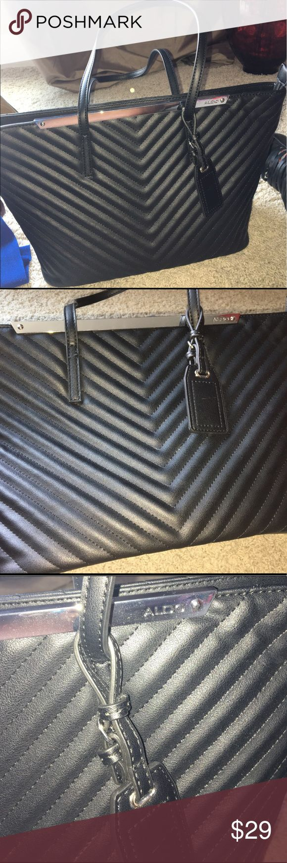 ALDO tote! Worn once great for work/everyday! ALDO Tote, worn once great for work or play. Can fit most Ipads, Kindles and room for cell phone etc. Great for work or travel as not to big! Could also be used as stylish medium sized mom bag! 🎉 Aldo Bags