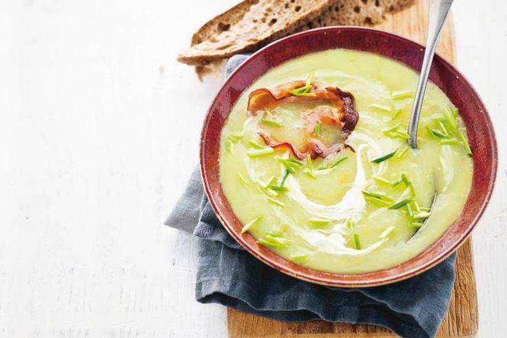 16 februari - Prei in de bonus - Niet voor niets een klassieker, deze soep met knapperige bacon - Recept - Allerhande