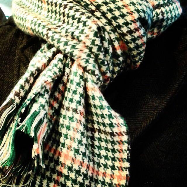 Mira como le queda esta bufanda a un cliente, son preciosas #scarf #unisex #look #forcolddays