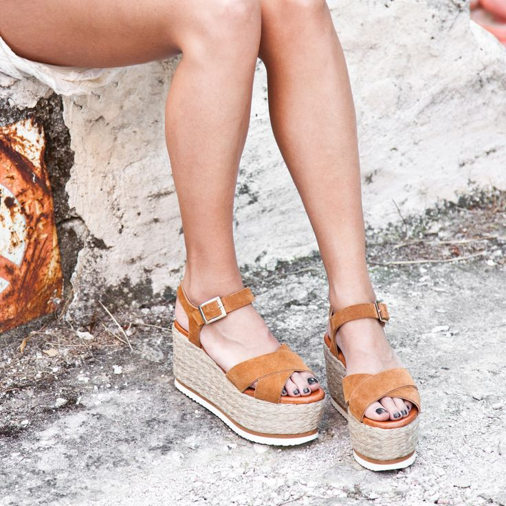 Wedges Dream #SanteWorld #SS17 Available in stores & online (SKU-96171): www.santeshoes.com
