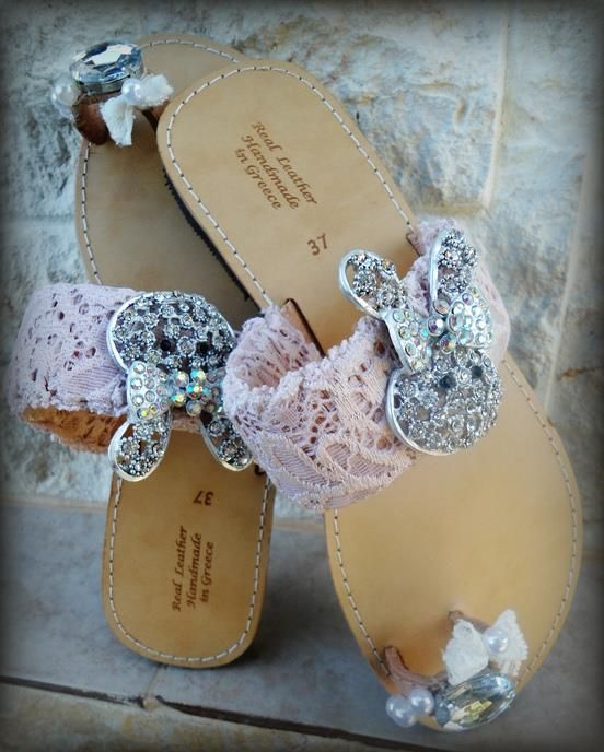 handmade sandals strass bunny pink lace and strass,for pin up girls  #sandals #summer #strass #girls #vintageshoes #bunnies #greeksandals