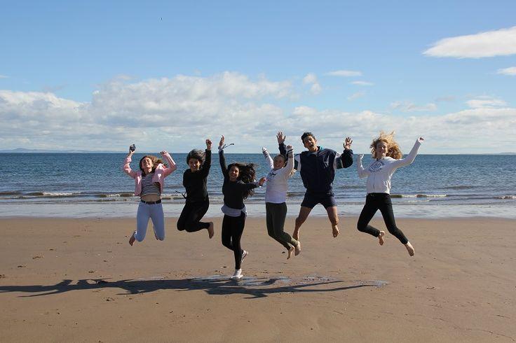 BLOG #TECLife | Edimburgo SEMANA 2 Molinos a 5 minutos de #Edimburgo, idílica playa de Portobello y visita guiada por St. Andrews Nos ha encantado la universidad, una de las más caras de UK, en la que estudiaron y se conocieron el príncipe William y Kate Middleton 😍  #StudyAbroad #Scotland #LearnEnglish