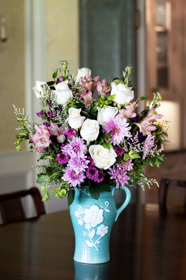 84 best mother 39 s day flowers gifts images on pinterest for Mother day flower arrangements