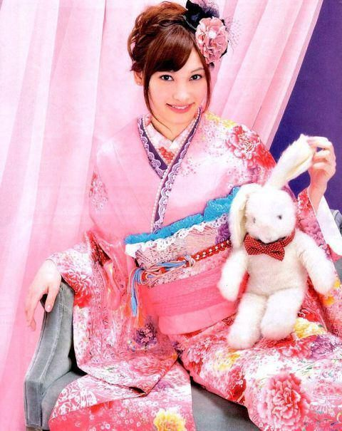 Aya Omasa / Model, Actress. Furisode Kimono