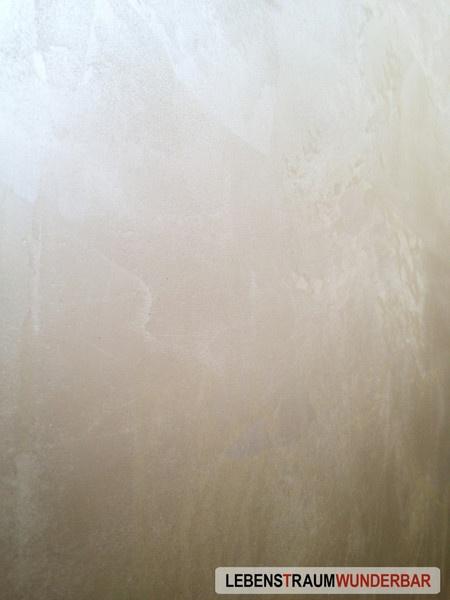 Metallisches Schimmern mit besonderer Haptik wasserbasiert ½  #glimmer #champagner #gold #oberflächenbeschichtung #wohnzimmer #schlafzimmer #zürich #lebewunderbar