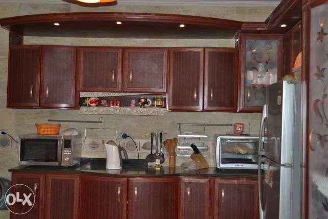 شقة للبيع بالقرية السياحية الرابعة و قريبة جدا من مول العرب 6 أكتوبر 3 Home Home Decor Kitchen