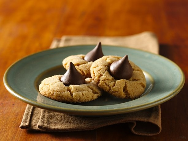 Chocolate Candy-Peanut Butter Cookies: Peanuts, Peanut Blossoms, Chocolates Candy, Betty Crocker, Cookies Recipes, Peanut Butter Cookies, Gluten Free Recipes, Peanut Butter Blossoms, Glutenfree