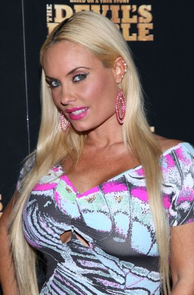 Coco Austin rocks sleek and straight hairstyle