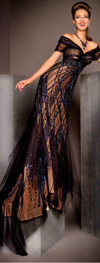 Blanka Matragi von Janny Dangerous   – Dress amour