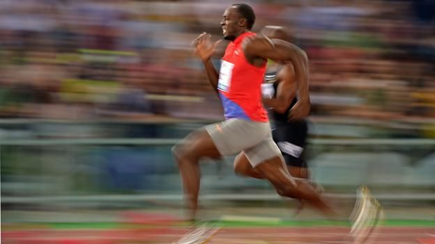 When Usain Bolt's foot lands, it applies around 900 pounds (400kg) of force for a few milliseconds, and continues pushing for around 90 more.     From 1991 to 2007, eight athletes chipped 0.16 seconds off the record. Bolt did the same in just over one year.