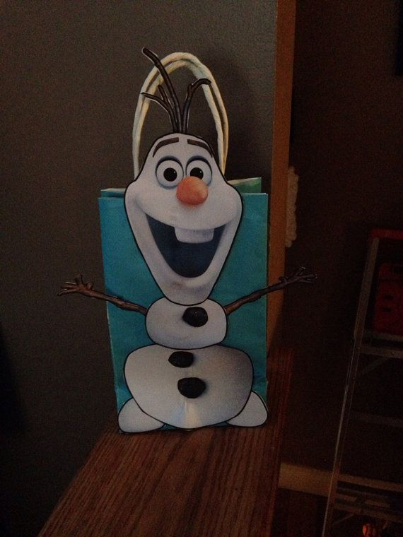 Frozen Inspired Olaf Party Favor Bags by DoodlesSweetTreats, $2.25