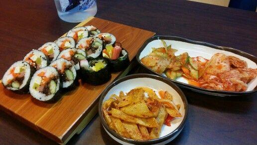 Kimbap & banchan