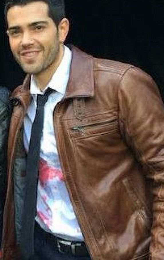 DEAD RISING WATCHTOWER JESSE METCALFE BROWN JACKET	http://www.leathersjackets.com/dead-rising-watchtower-jesse-metcalfe-brown-jacket.html