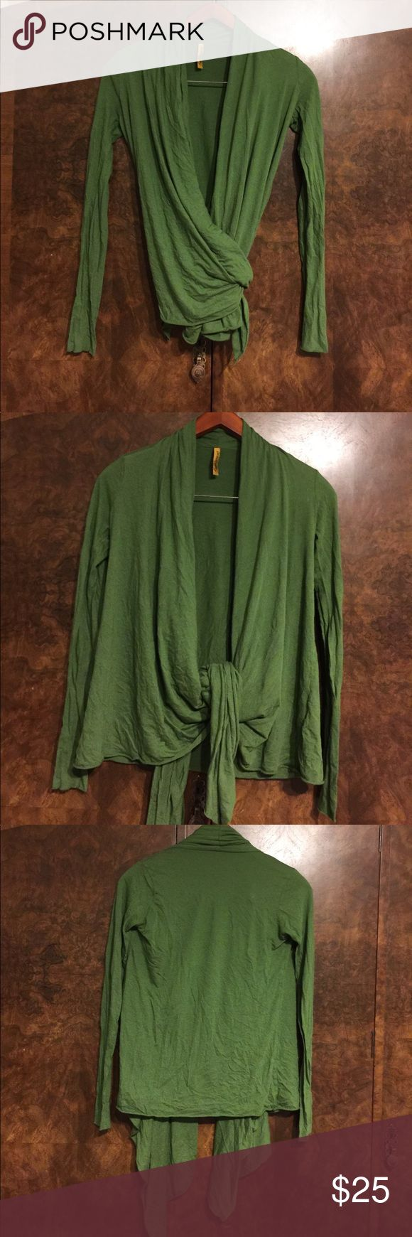 Rachel Pally wrap top xs green Green Rachel Pally wrap top. XS. See matching dress in other listing. Bundle and save! Rachel Pally Tops