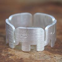 Roll Tide Roll!Elephant Accent, Silver Elephant, Tide Rolls, Ringsterl Silver, Elephant Rings, Rolls Tide Elephant, Band Rings, Sterling Silver, Silver Jewelryclick