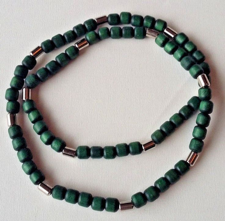 Aarikka Finland Vintage Necklace Dark Green Wood Beads and Silver Toned  Beads #Aarikka #Beaded