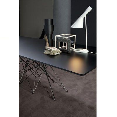 Stůl Octa – krása a složitost geometrie