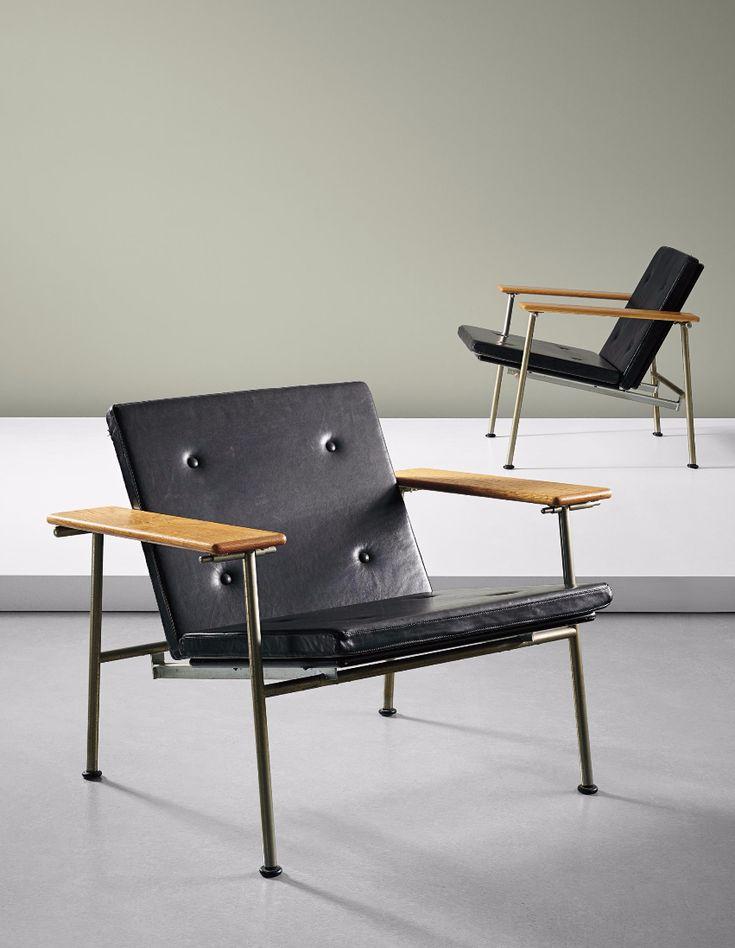 Yrjö Kukkapuro; Leather, Oak Enameled and Nickel-Plated Metal 'Triennale' Folding Chairs for Moderno Workshop, 1960