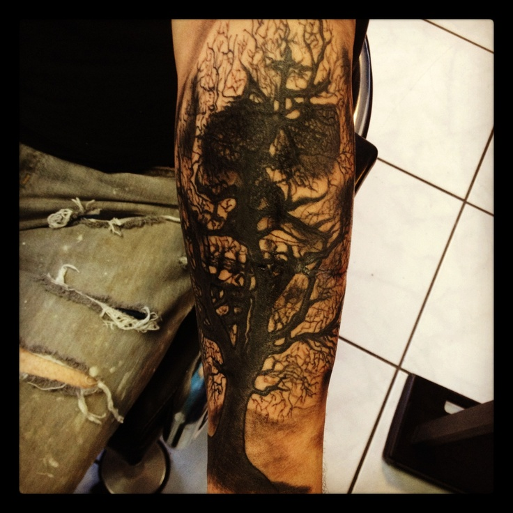 Dead tree skull reflection tattoo i did a month ago for Dead tree tattoos