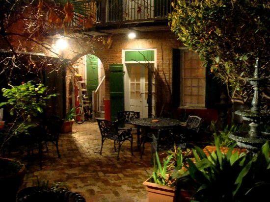 New Orleans Courtyard | Greengardenblog.comgreengardenblog.com