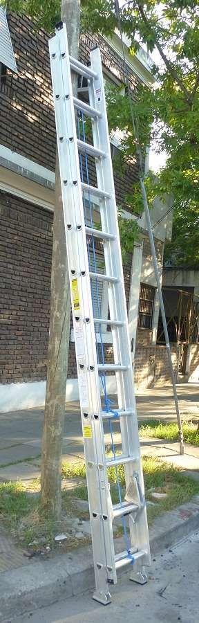 Escalera Extensible Aluminio Reforzado 24 esc. Alt 6.30 mts http://monte-castro.clasiar.com/escalera-extensible-aluminio-reforzado-24-esc-alt-630-id-213322