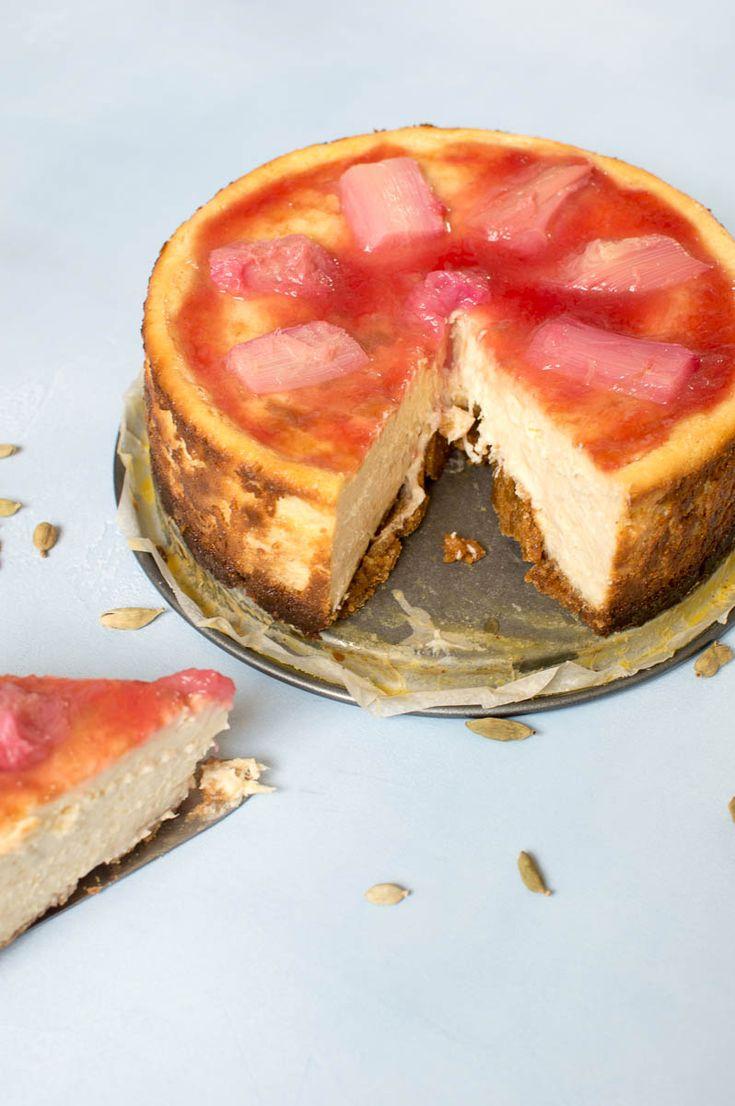 Recept voor een heerlijke voorjaarsachtige cheesecake met rabarber. Rijk van smaak en makkelijk te maken. Hiermee maak je indruk!