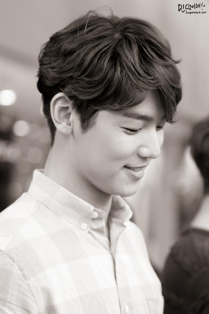 140715_03 Kang Minhyuk [CNBLUE] And he dared to smile after that. cr: kangminhyuk.com