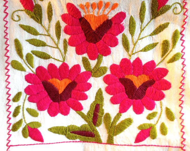 Mexican embroidery at rancholascascadas.com