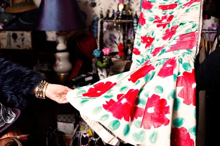 The Vintage Shop _ Magnífico vestido en cuero.