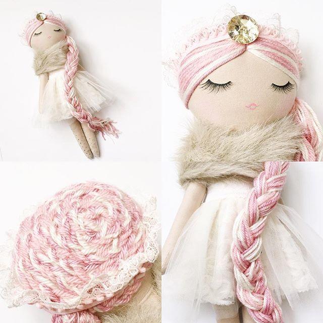 Close ups of this available sweetie ✨#mendbyrubygracedolls #handmadedoll #clothdoll #dollmaker
