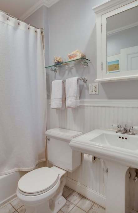 Bath room shelf above toilet pedestal sink 40+ Ideas   – Bath`s!! – #bath #Baths…   – most beautiful shelves
