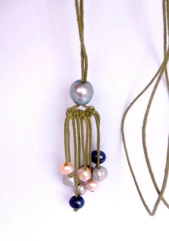 Collier perle de Tahiti, sautoir 9 perles d'eau douce , coton ciré. 93.8 Tahiti pearl