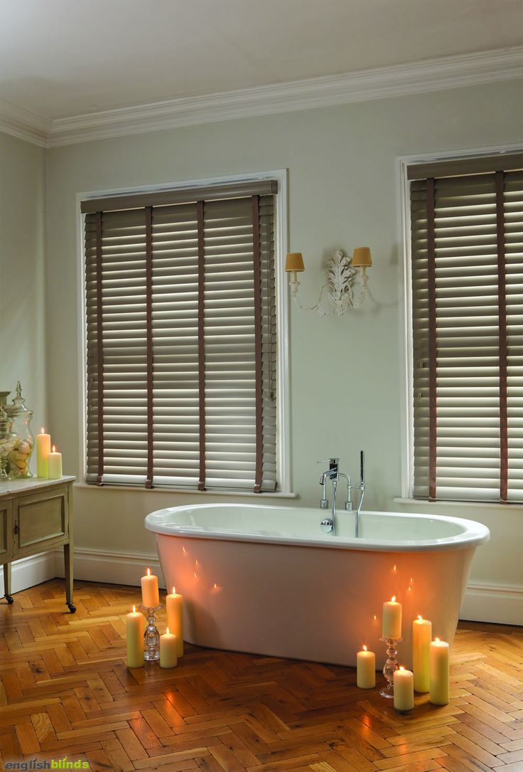 Bathroom window blinds - Light Brown Taped Wooden Blinds In A Contemporary Bathroom With A Roll Top Freestanding Bath