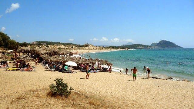 Το Αφηρημένο Blog: Στις παραλίες: Ρωμανού, Πετροχώρι και Βοϊδοκοιλιά