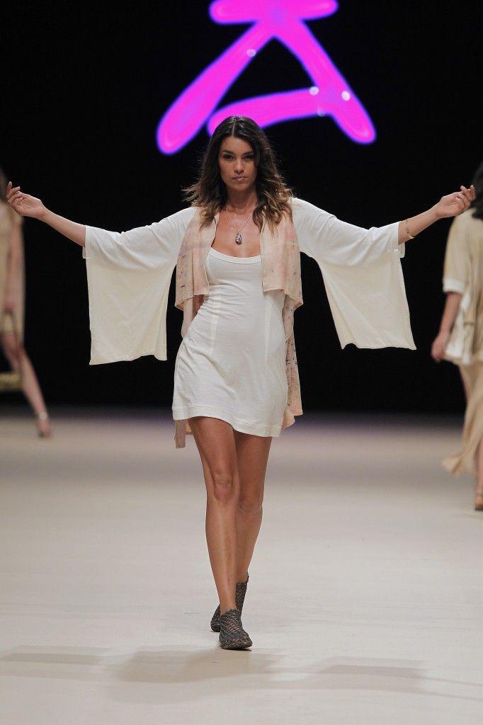 Etikology - Pasarela Adlib 2016 - Nanou Couture Organic fashion, natural dye  #ecodye #slowfashion #handmade #ibiza Organic kimono dress and cardigan