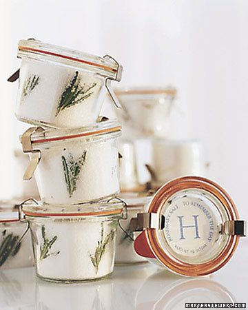 rosemary sea salt... great holiday hostess gift, neighbor gift or party favor....