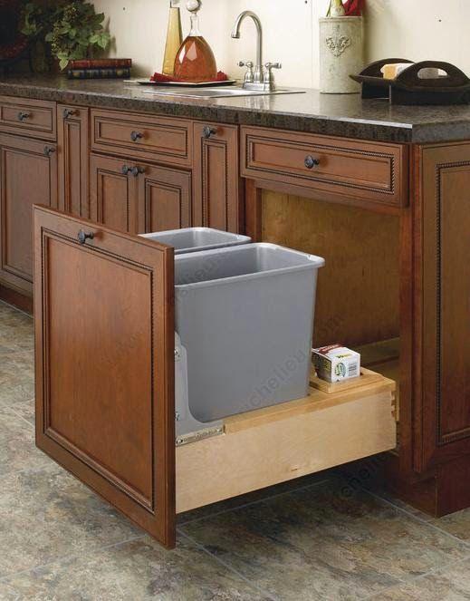 Les 25 meilleures id es concernant conteneur poubelle sur for Rangement pour armoire de cuisine en coin