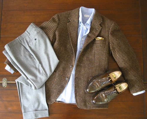 """Derek's bespoke """"reading jacket"""", cut by Steed Tailors using Lovat Mills brown Shetland houndstooth tweed, created for the London Lounge Cloth Club."""
