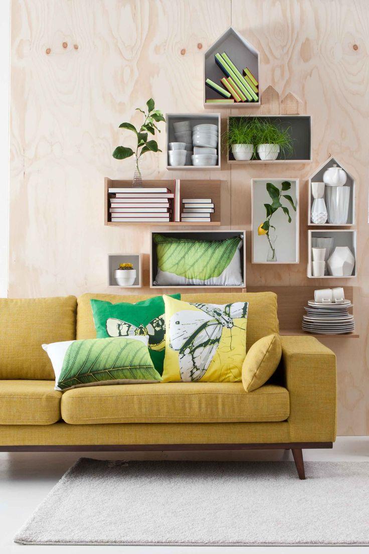 Je botanic interieur oogt een beetje vintage met de okergele Torino bank! #botanic #woonkamer #interieur #living #interiordeco #couch