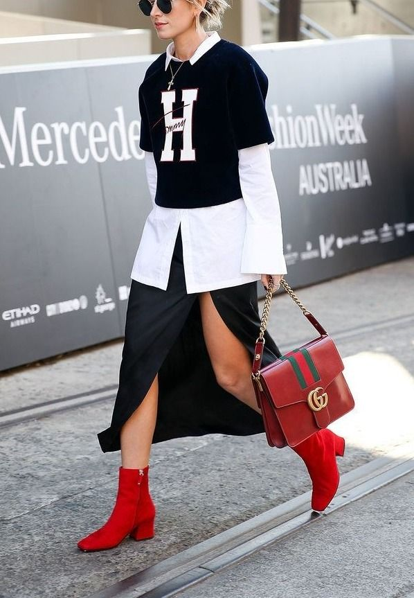 We love this street style look from Australian Fashion week. We love her Tommy Hilfiger top paired with a red Gucci bag