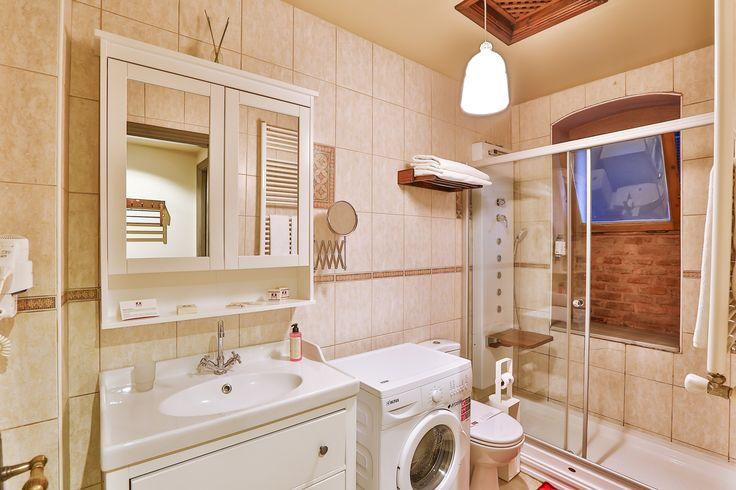 #bathroom #apartment #hotel #hotelslike #otel #bedandbreakfast #taksimotel #beyogluotel #istanbulotel #perahotel #designhotels #boutiquehotels #apart