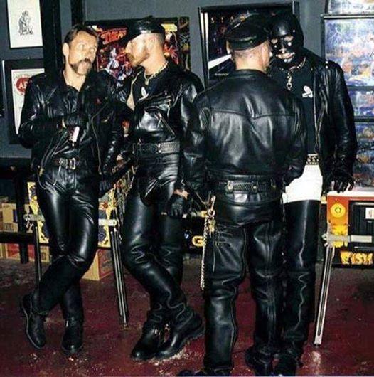 Leathermen Gay 94