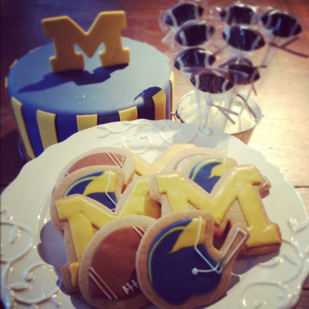 Wedding Cakes Metro Detroit: University Of Michigan Cake - Bing Images