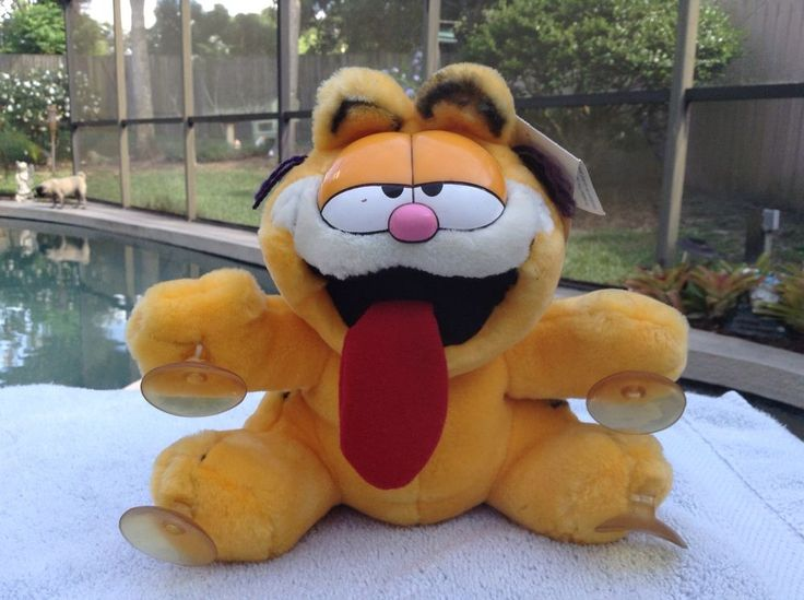 Vintage 1978 Paws Garfield Suction Cupped Stuffed Plush With Original Hang Tags