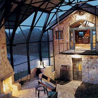 Barn Conversion – Texas Cow Palace- If I go back to Barcelona, I'll buy a place like that! ;) Una Masia Rural convertida en un espai modern #masies