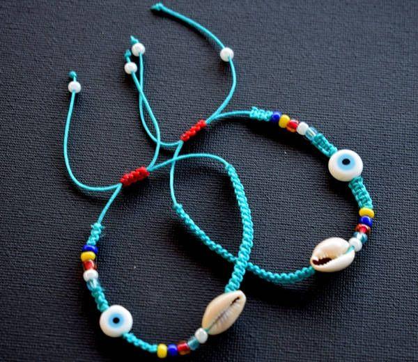 Two Summer bracelets.Macrame bracelets with sea shell.Mariella's Code. by mariellascode on Etsy