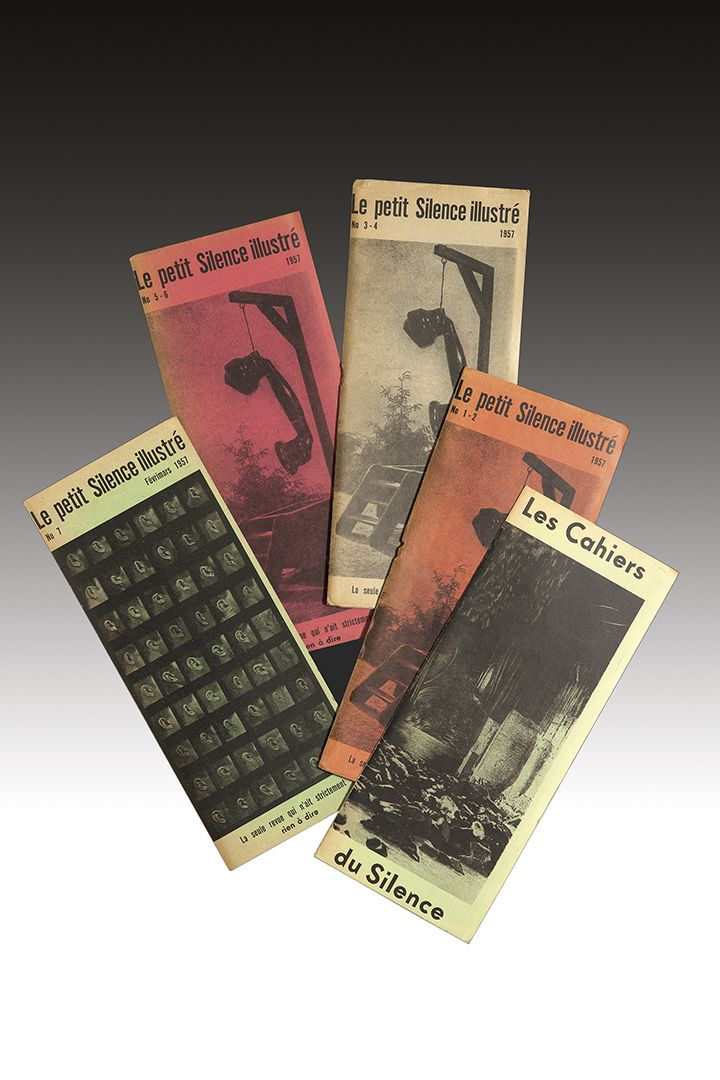 Revue. — Le Petit Silence illustré (n°1 et n°1-7). Paris, Librairie de l'Atome, 1957. Ensemble 5 fascicules grand in-8 étroit, agrafés, couvertures illustrées. Cette revue, dirigée par Jacques Sternberg, est la seule qui n'ait strictement rien à dire.